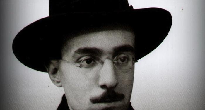Fernando Pessoa - Leggere è sognare per mano altrui