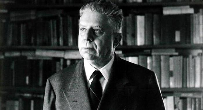 Eugenio Montale - Non rifugiarti nell'ombra