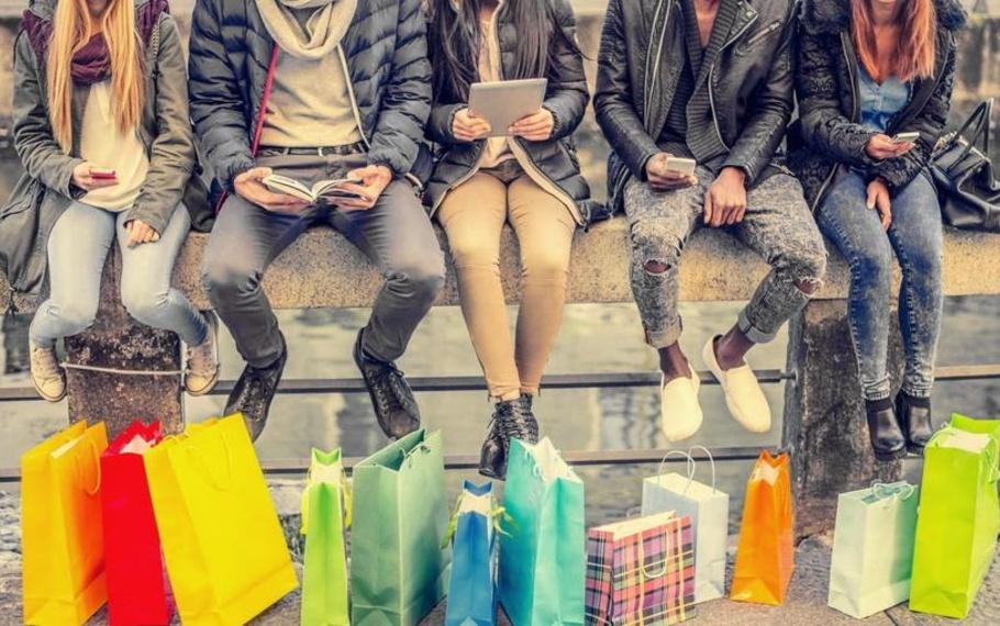 Zygmunt Bauman - Il consumismo è l'economia dell'illusione