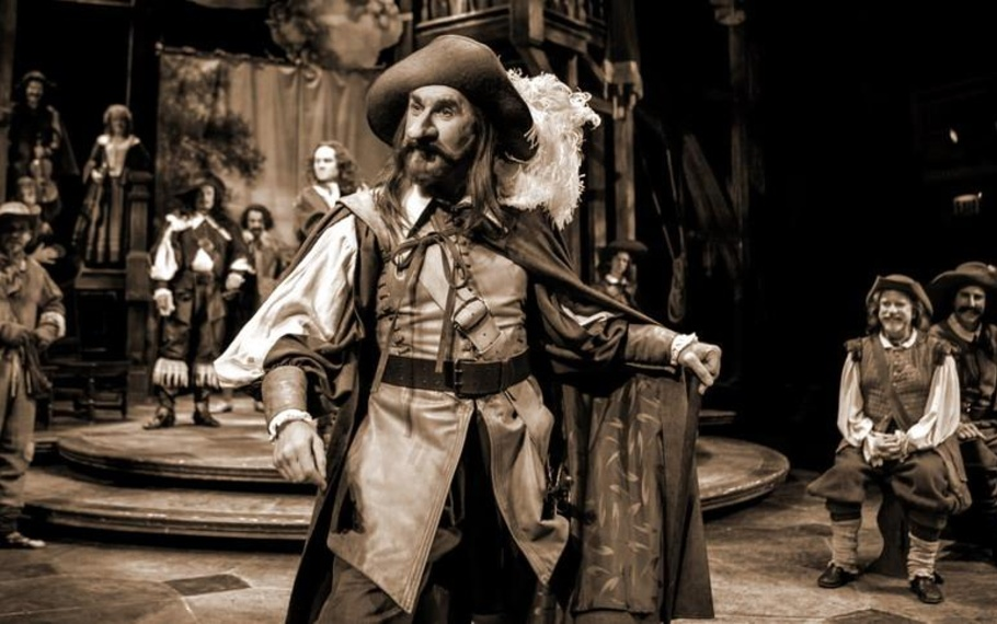Perché Cyrano de Bergerac è da sempre un'opera che emoziona - di Carlo Picca