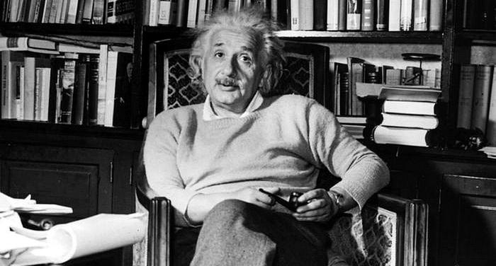 Albert Einstein - Non credo affatto alla libertà dell'uomo
