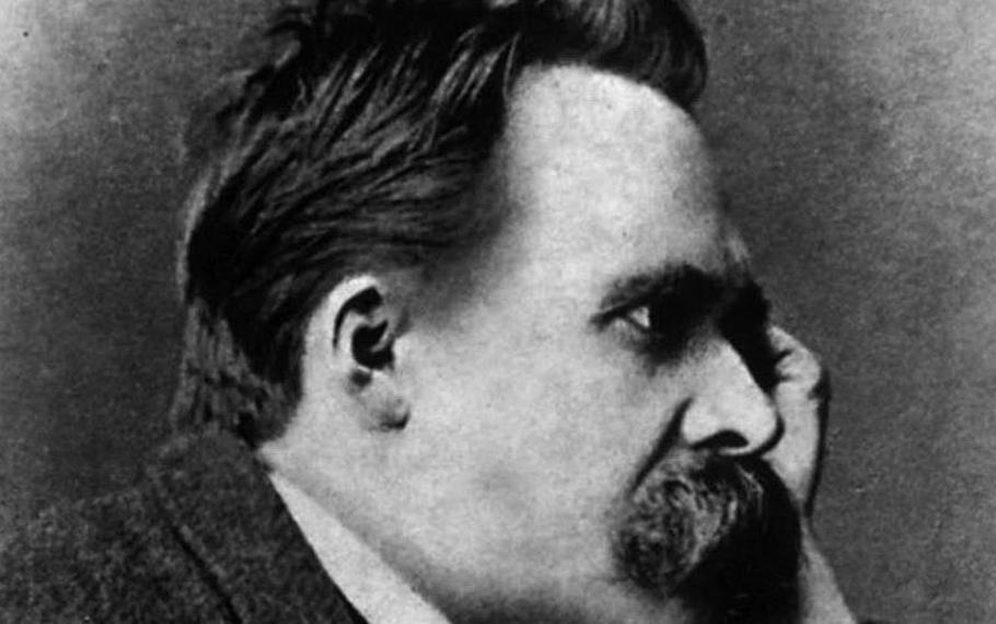 Friedrich Nietzsche - Proprio accanto al dolore del mondo l'uomo ha sistemato i suoi giardini di felicità