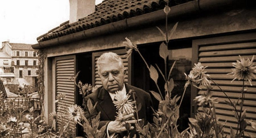 Eugenio Montale - Non recidere, forbice, quel volto