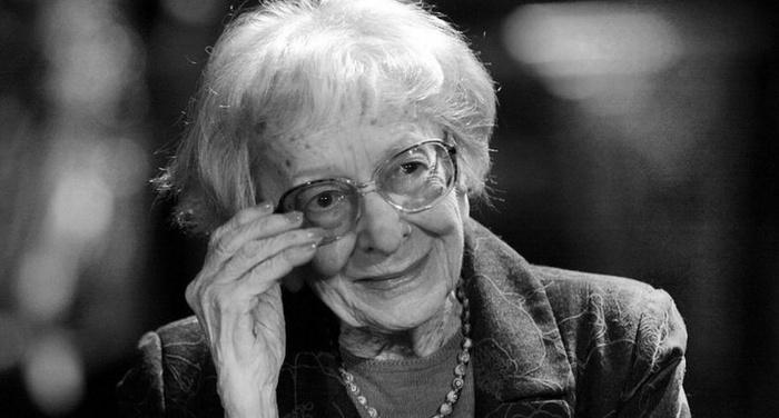 Wislawa Szymborska - Sotto una piccola stella