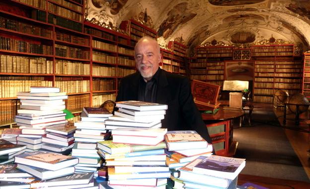 Paulo Coelho - Scrivere è una delle attività più solitarie del mondo