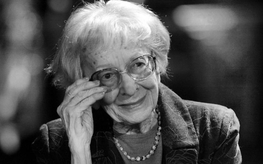 Wislawa Szymborska - Ad alcuni piace la poesia