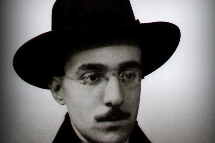 Fernando Pessoa - Il valore delle cose non sta nel tempo in cui esse durano