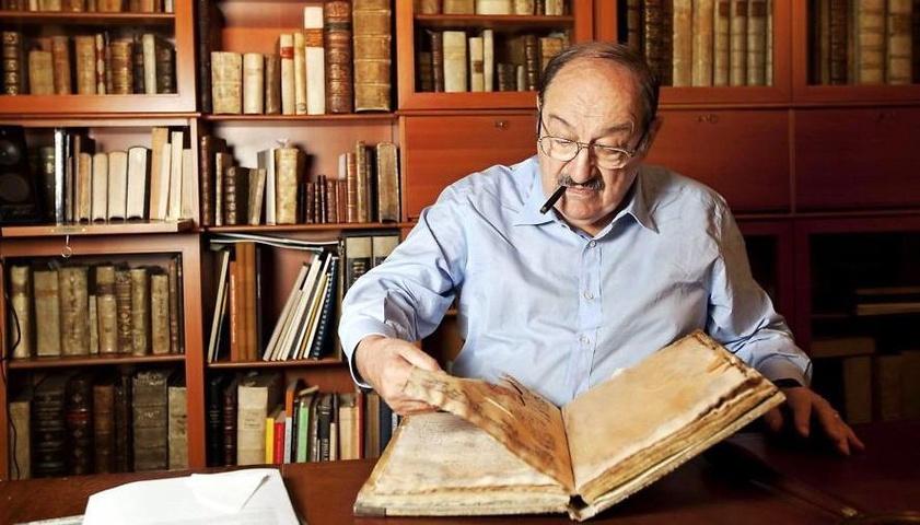 Umberto Eco - I libri si rispettano usandoli, non lasciandoli stare