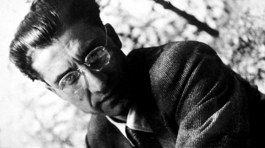 Cesare Pavese - La letteratura è una difesa contro le offese della vita