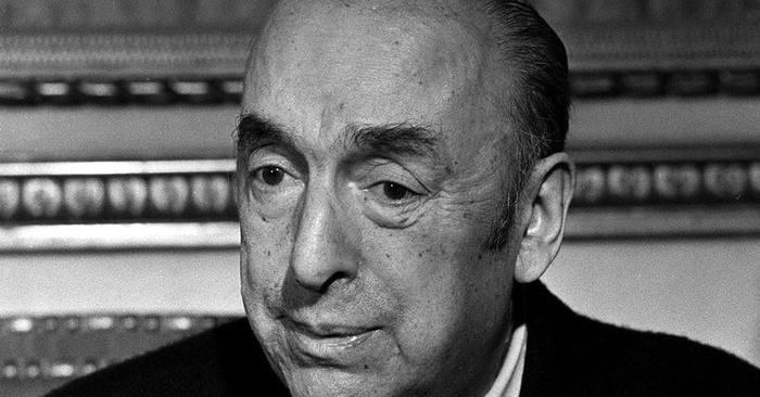 Pablo Neruda - Mi piaci quando taci perché sei come assente
