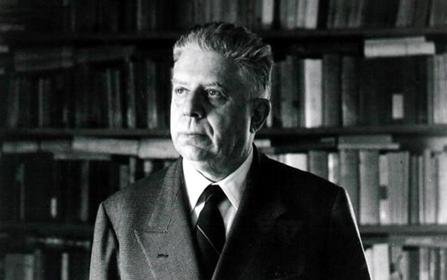 Eugenio Montale - La Storia