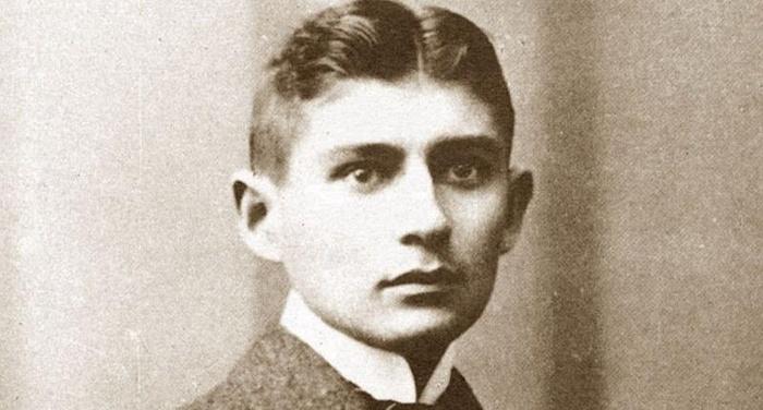 Franz Kafka - Il tempo che ti è assegnato è così breve che se perdi un secondo hai già perduto tutta la vita