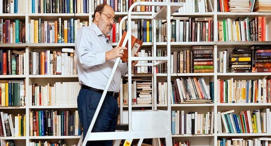 """Umberto Eco - """"Quanti libri! Li ha letti tutti?"""""""