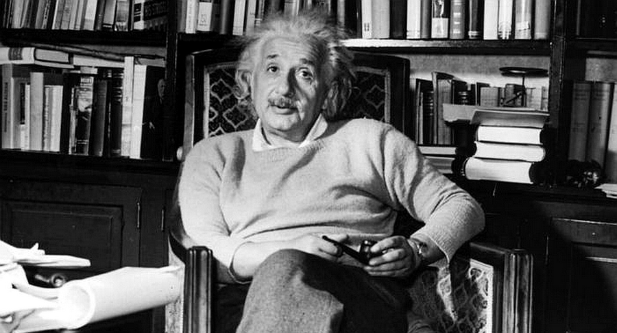 Albert Einstein - Il capitale privato tende a concentrarsi in poche mani
