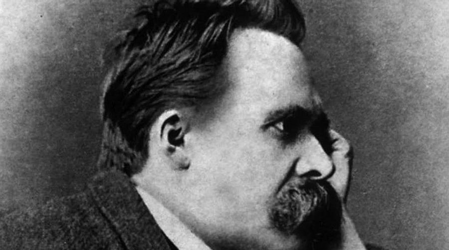 Friedrich Nietzsche - Da cosa nascono le improvvise passioni di un uomo per una donna?
